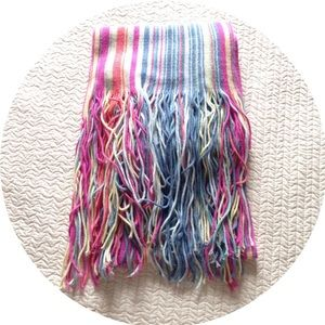 •GAP Colorful Scarf•