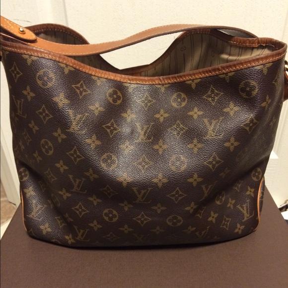 1ac6ea156754 Louis Vuitton Handbags - RESERVED! 💯Authentic Louis Vuitton Delightful PM