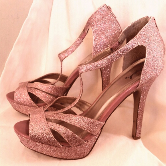 60% off Qupid Shoes - Qupid pink glitter platform heels t-strap ...