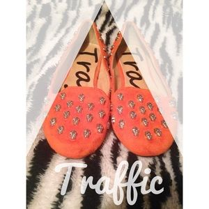 Traffic Shoes - Orange skull flats💀👌