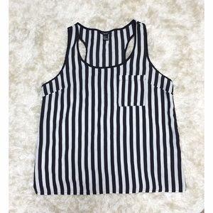 Vertical stripe top