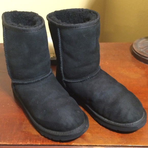 ugg classic short boots gray