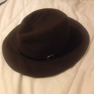 Accessories - Brown hat good condition