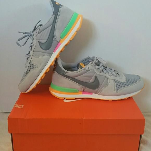 hot sale online cc15f 2a155 NIB Nike Internationalist Sneaker Grey tritone 9.5
