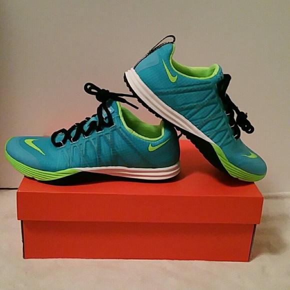 quality design 35a1f 6da08 Nike Lunar Cross Element Nike Shoes - NIB Nike Lunar Cross Element Trainer  Blue Lime 7 ...