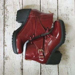 Report Signature Boots - Maroon Lace Up Bootie (Report Signature Mariah)