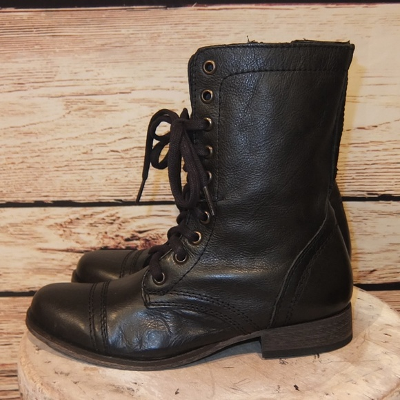 1e96e5a40cf NEW Steve Madden Black Leather Troopa Combat Boots NWT
