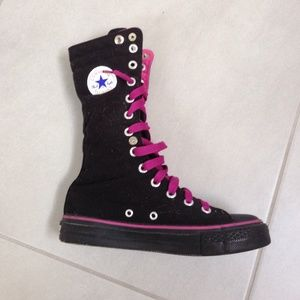 bca6f51e0881 Converse Shoes - RARE Converse All Star Women s Boots Black   Pink