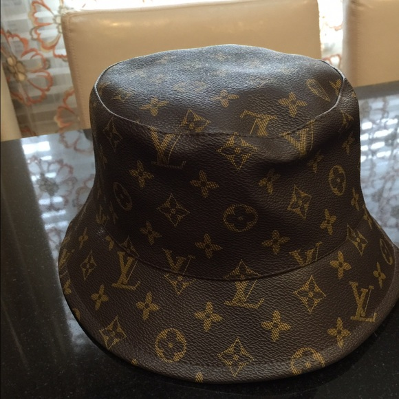 21c931b4380c Louis Vuitton Accessories - Louis Vuitton bucket hat