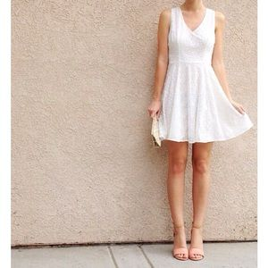 | new | white lace dress