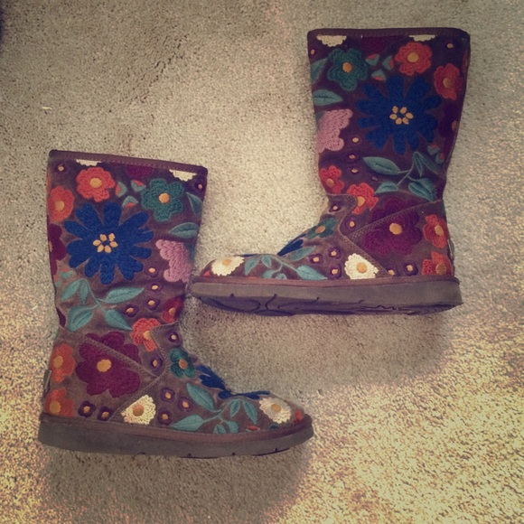 Limited Edition Embroidered Floral Uggs