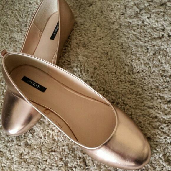 Forever 21 Shoes Rose Gold Flats Poshmark
