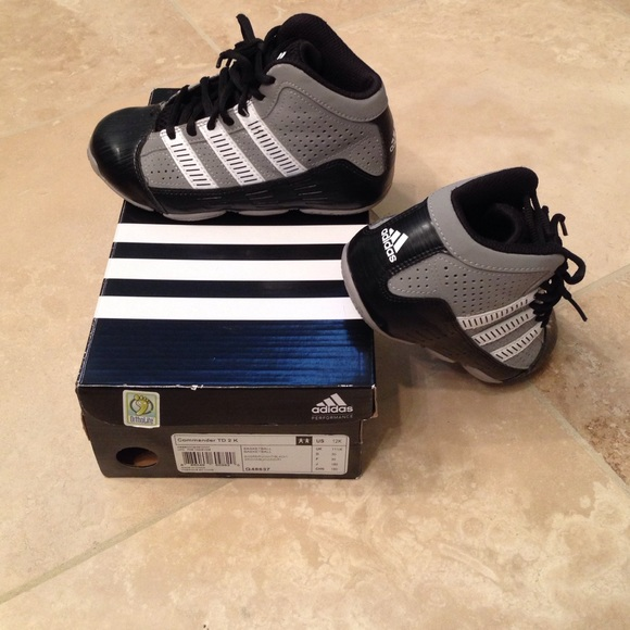 Adidas boys/kids basketball shoes. Size 12 kids