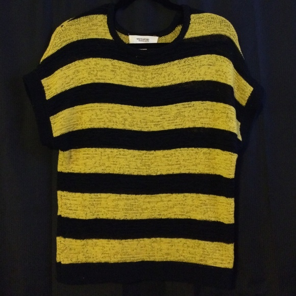 Workshop By Andrea Jovine Sweaters Yellow And Black Striped