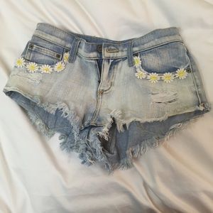 LF Pants - Lf Carmar daisy denim Jean shorts