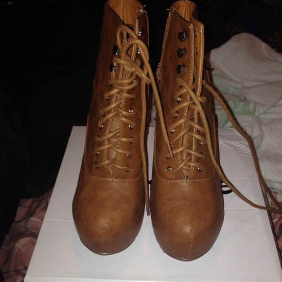 20 boots brown spiked wedge boots from dyenia s