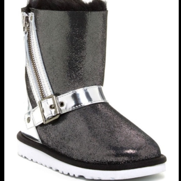 black and silver uggs