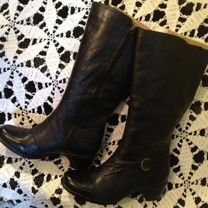 Clarks Black leather boots 9.5