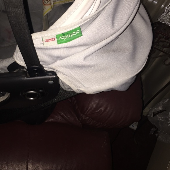 Orbit Baby G2 Car Seat And Base Make Offer