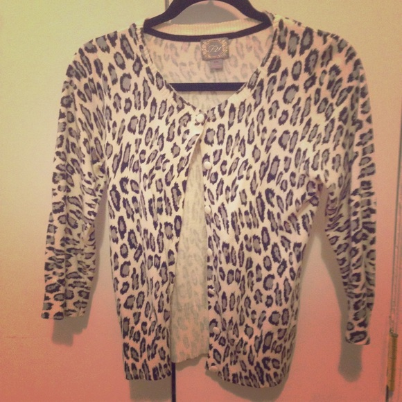 67% off Forever 21 Sweaters - Black and white leopard print ...