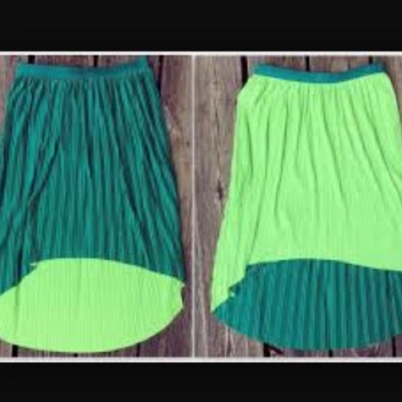 xhilaration nwt reversible green high low skirt from