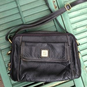 Giani Bernini Leather Multi-Pocket Crossbody