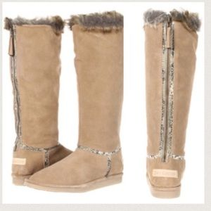 😍 HOST PICK! Juicy Couture suede boots zippered
