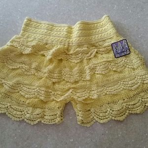 Nwt!  Yellow crochet shorts!