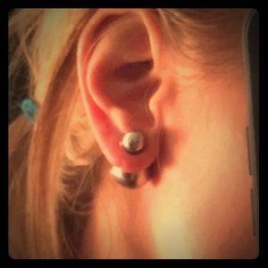 Double sided costume pearl earrings light grey