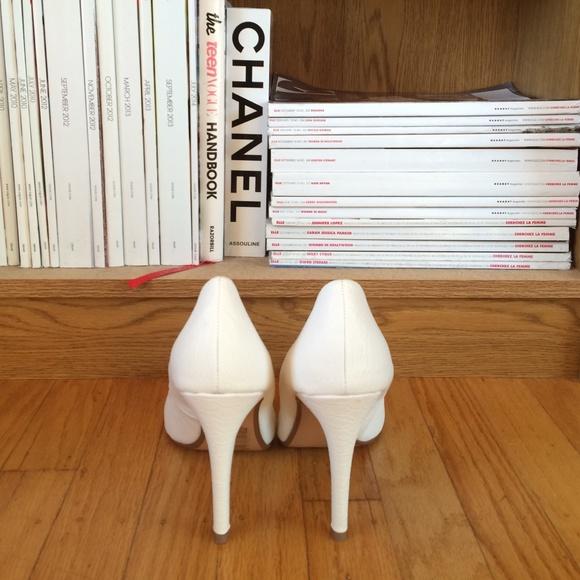 H&M Shoes - H&M snakeskin pumps