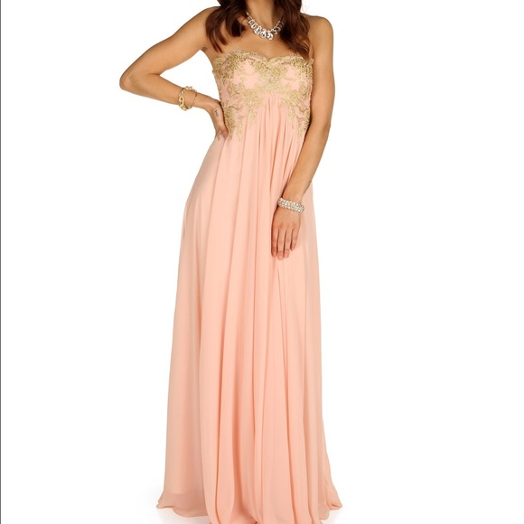 Prom Dresses In Windsor Plus Size Tops
