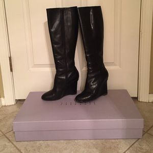 Vera Wang Shoes - 💥Huge Discount💥 Vera Wang Black Knee High Boots