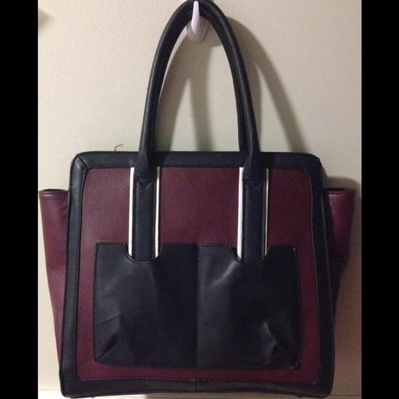 7764632f6d Nagano Structured Handbag GX BY Gwen Stefani. M_54eaa97f4e8d170f9f01b190