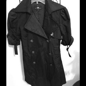 Outerwear - 🌟Reduced🌟Short sleeve black trench coat