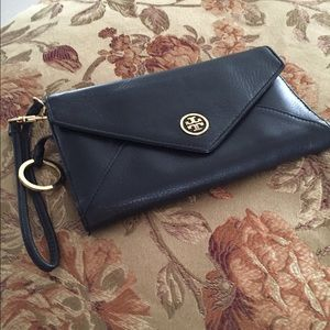 Tory Burch Handbags - Authentic Tory Burch Clutch/Wallet