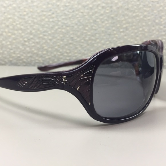 oakley embrace sunglasses womens  oakley embrace sunglasses