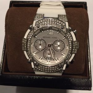 Michael Kors MK5509 White Rubber Crystal watch