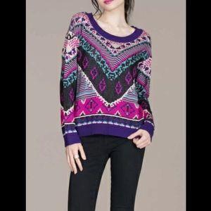 💮NWOT! Long Sleeve Geometric Print Sweater