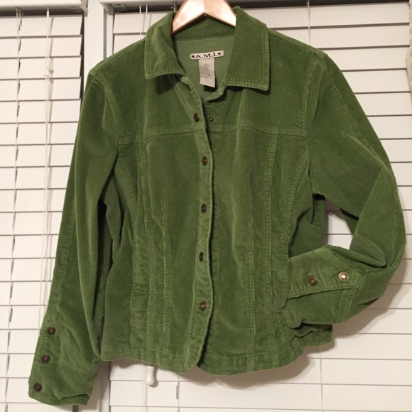 Vtg 70s Campus Men Green MOD Corduroy BELTED Norfolk Coat Lined SAFARI Jacket 44 Faux fur lined, and belted, with 4 front pockets. This is a Heavy Weight jacket.