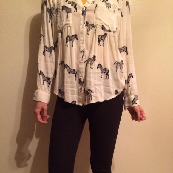Zebra Blouse Anthropologie 23