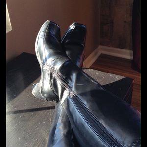 🌟HP🌟Gorgeous Black Boots