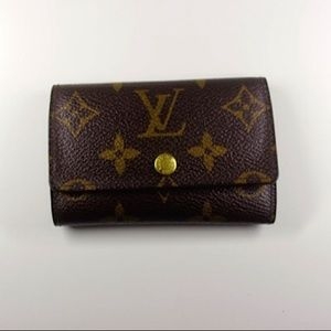 Louis Vuitton Accessories - Louis Vuitton 6 Ring Key Holder