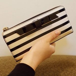 NWOT Kate Spade Patent Striped Bow Wallet