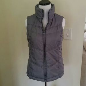 Like New Plush Gray Puffer Vest Size Small