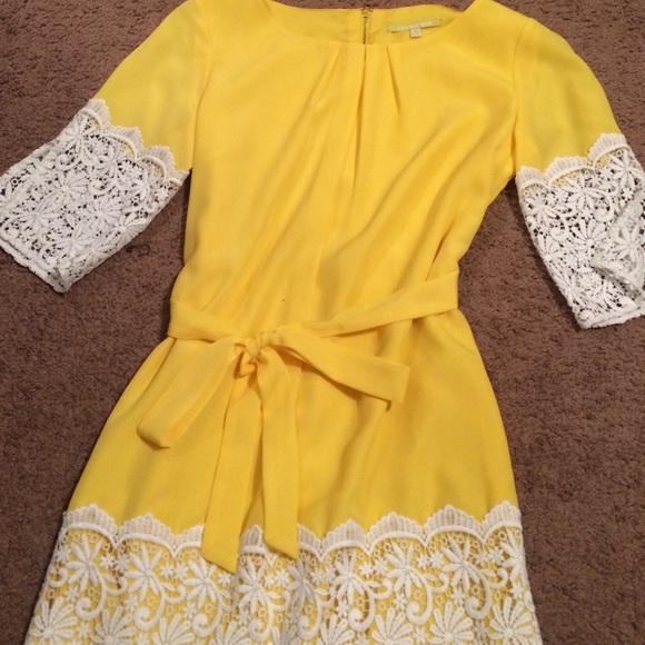 61ad7f5be80 Gianni Bini Dresses   Skirts - Gianni Bini Yellow Nancy Dress