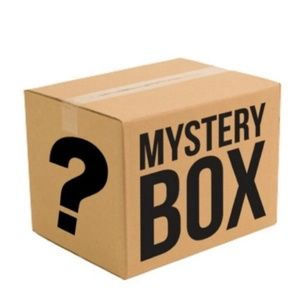 Accessories - ✨5 ITEM MYSTERY BOX✨