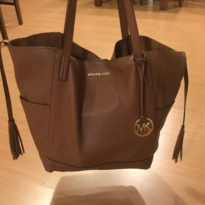 Michael Kors xl grab bag!