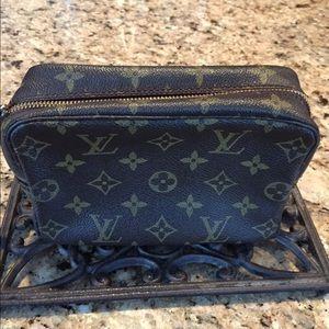 Louis Vuitton Accessories - Authentic Louis Vuitton Trousse Tioletry Bag 18