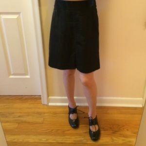 BANANA REPUBLIC black a-line skirt Petites