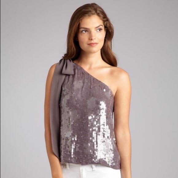 d88c45680495d9 Alice + Olivia Tops - ALICE   OLIVIA Grey Sequined Silk One Shoulder Top